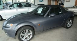 MAZDA MX-5 CONVERTIBLE – LOW MILEAGE !