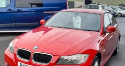 BMW  318i ES  4 DOOR SALOON  2000c.c. PETROL  IN RED  80,000 MILEAGE