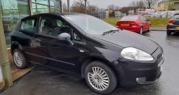 FIAT  PUNTO  ACTIVE  3 DOOR HATCHBACK  1242c.c.  77,000 MILEAGE  IN BLACK